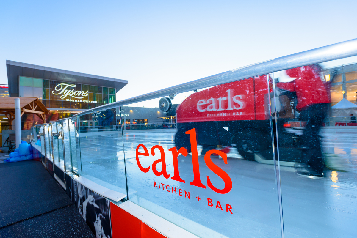 Earls Zamboni, Tysons Corner Winter Ice Rink